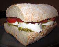 tomato-mozzarella-sandwich